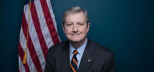 Сенатор Нили