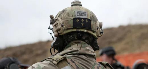 Спецназовец в гражданском проучил американцев и научил их правильно ездить в плацкарте