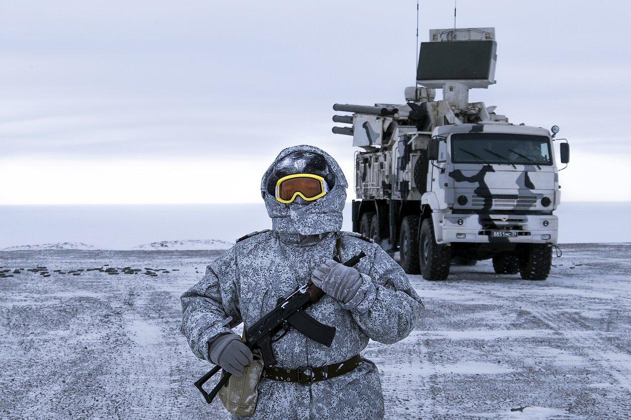Польша опасается, что Россия открывает в Арктике фронт борьбы с Западом