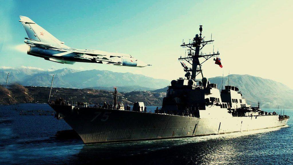 НАТО нечего делать в Черном море: как 17 истребителей ВКС России пролетели над британским эсминцем