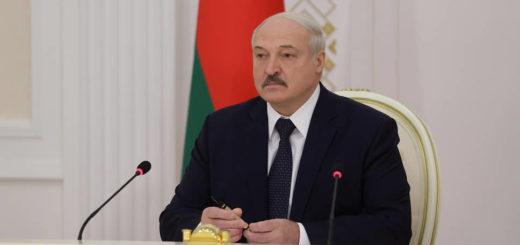 Лукашенко потребовал выгнать протестующих студентов из вузов