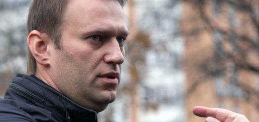 Навальный попросил оставить его в Германии