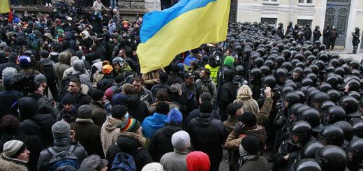 В шаге от бунта: какие отрасли «урежет» Киев, чтобы прожить без кредита МВФ